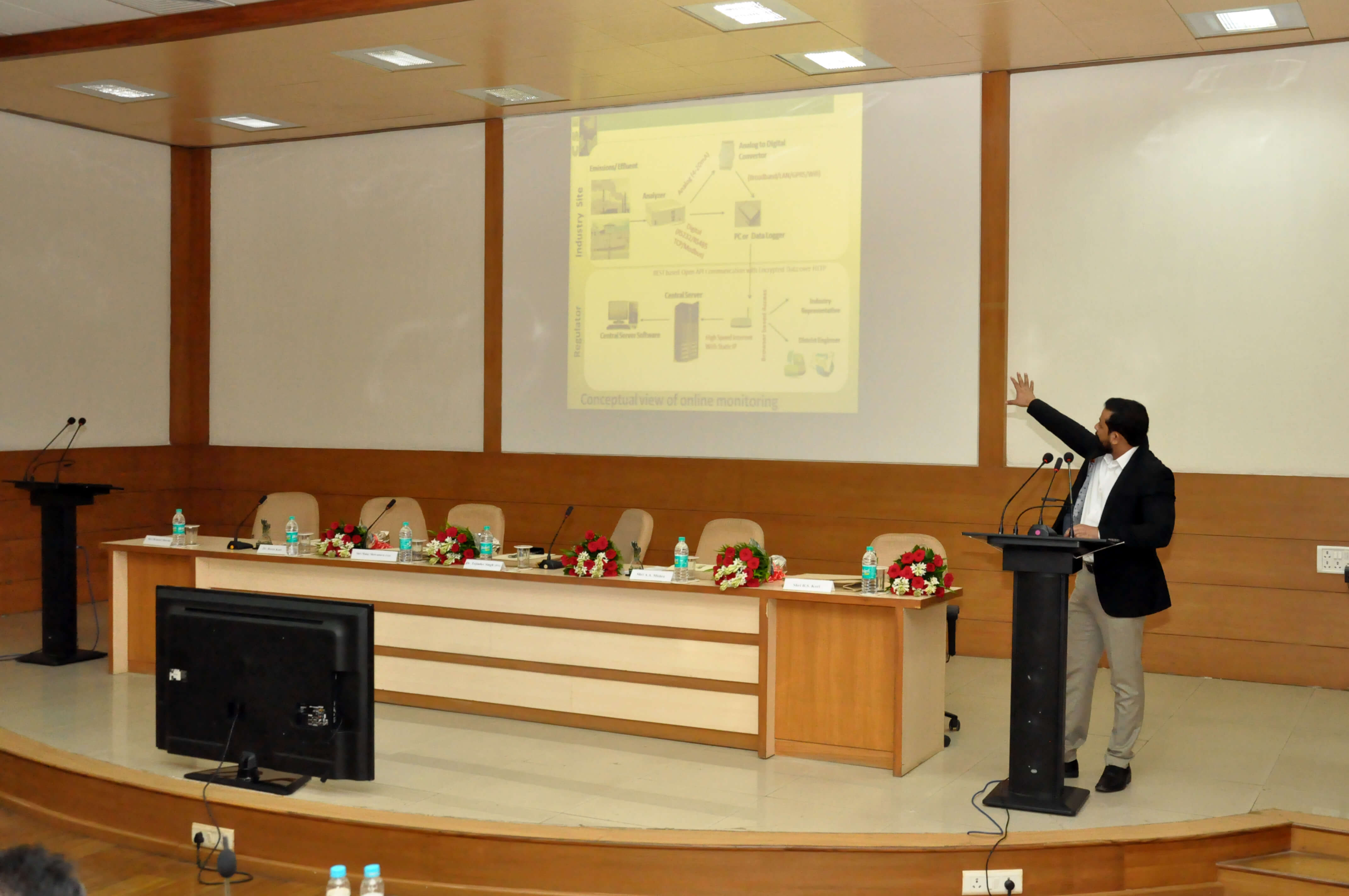Deliberation by Shri Sanjeev Kanchan, CSE, New Delhi on Real-time monitoring systems