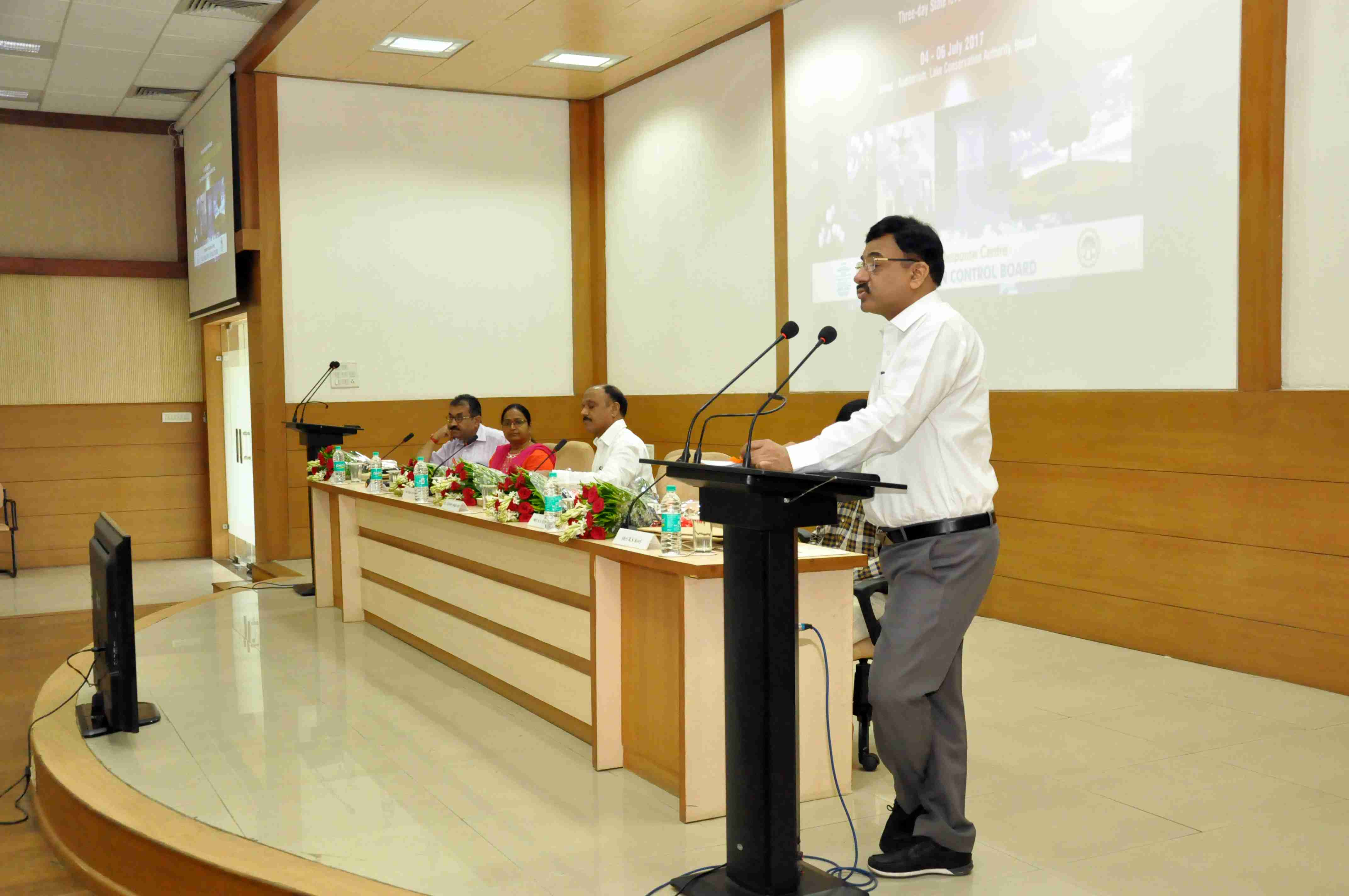Shri A.A. Mishra, Member Secretary, MPPCB addressing the Inaugural function